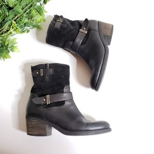 CLARKS Leather Mojita Sorbet Ankle Booties